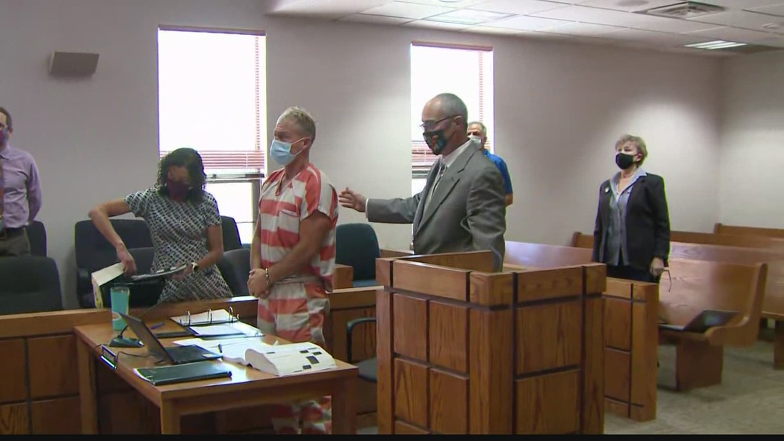 Barry Morphew makes first court appearance