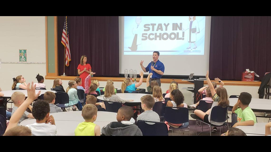 Weather Academy: Angela Buchman, Sean Ash visit Reagan Elementary School