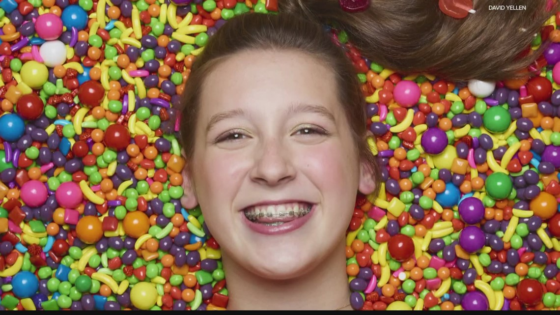 16-year-old candy CEO visiting Sweets & Snacks Expo in Indianapolis