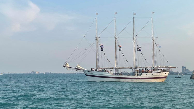 The Windy is a tall ship that takes people on a sail around Chicago on Lake Michigan