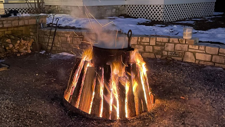 Chuck's Wisconsin Wonderland Adventure: Fish boil at White Gull Inn