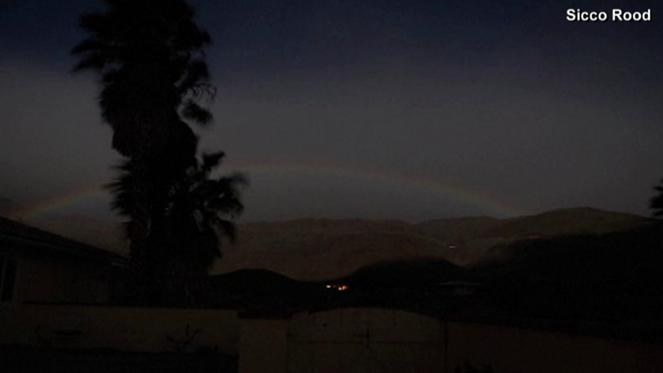 Lunar rainbow spotted in California