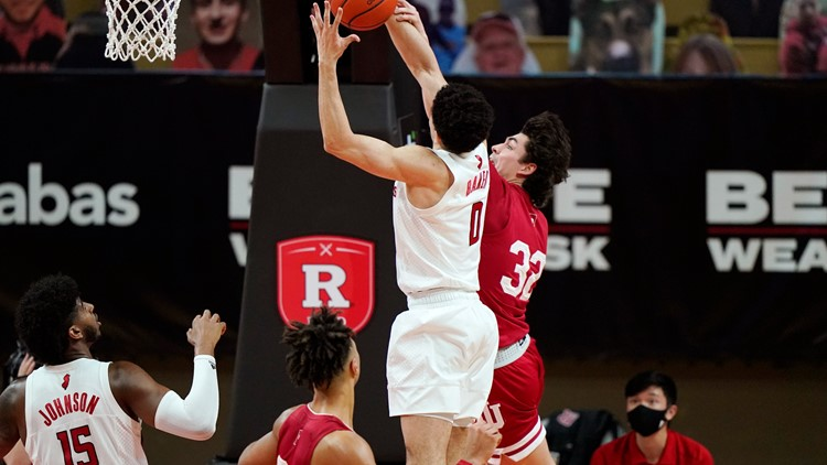 Rutgers overcomes 15-point deficit to beat IU, 74-63