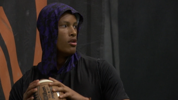 Ben Davis student eager to get back on football field after cancer fight