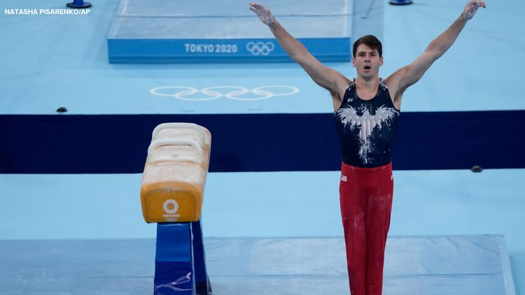 Indy's Yoder moves to medal round on pommel horse
