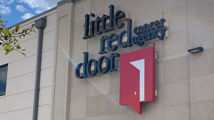 Indy Fuel coach makes personal donation to Little Red Door Cancer Agency