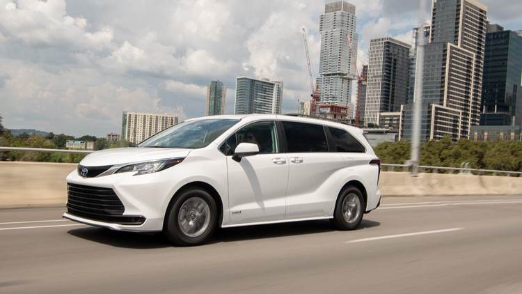 REVIEW: Indiana-built 2021 Toyota Sienna hybrid transforms family travel