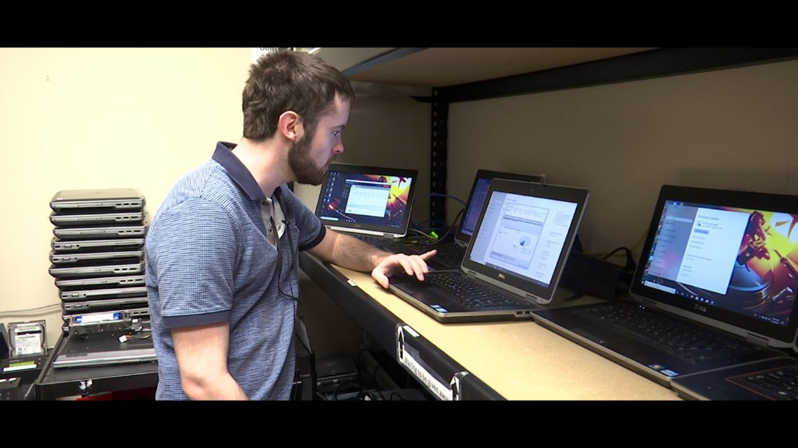 Program refurbishes computers for people with disabilities
