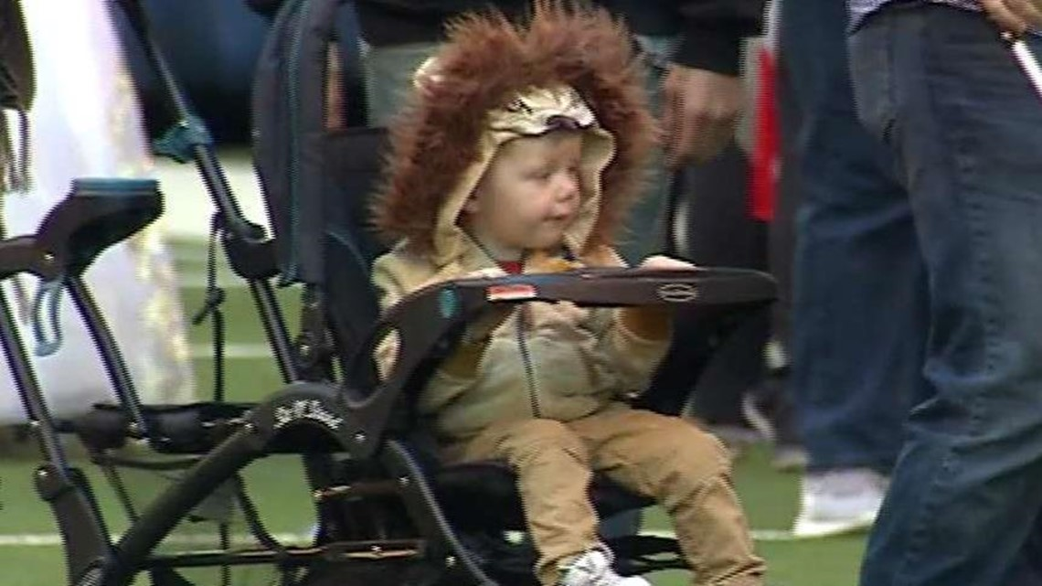 Colts hosting drive-thru Halloween event