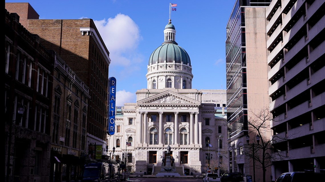 Indiana Republicans' redistricting plan moves to Senate