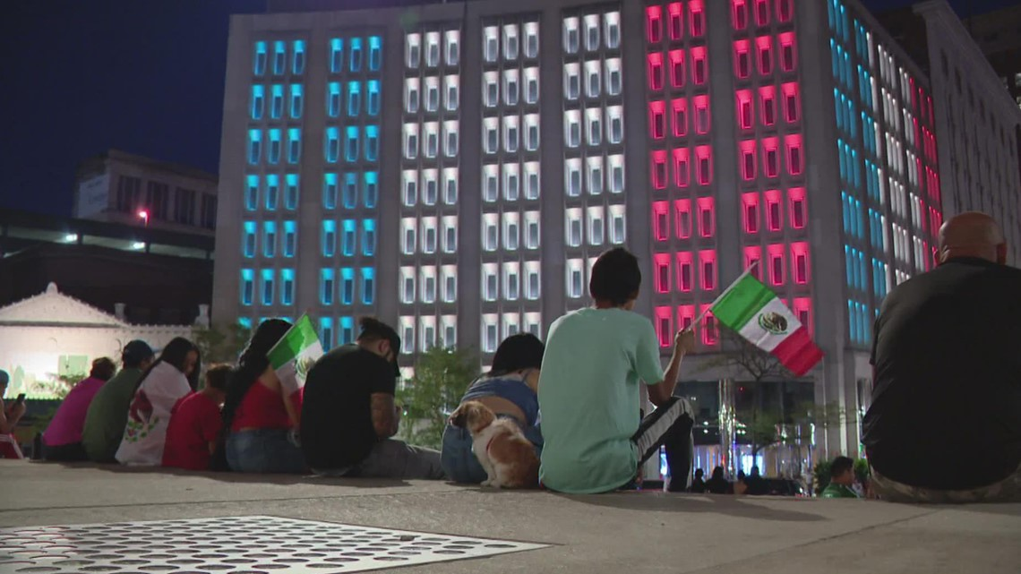 Lights on downtown Indianapolis building celebrate Hispanic Heritage Month