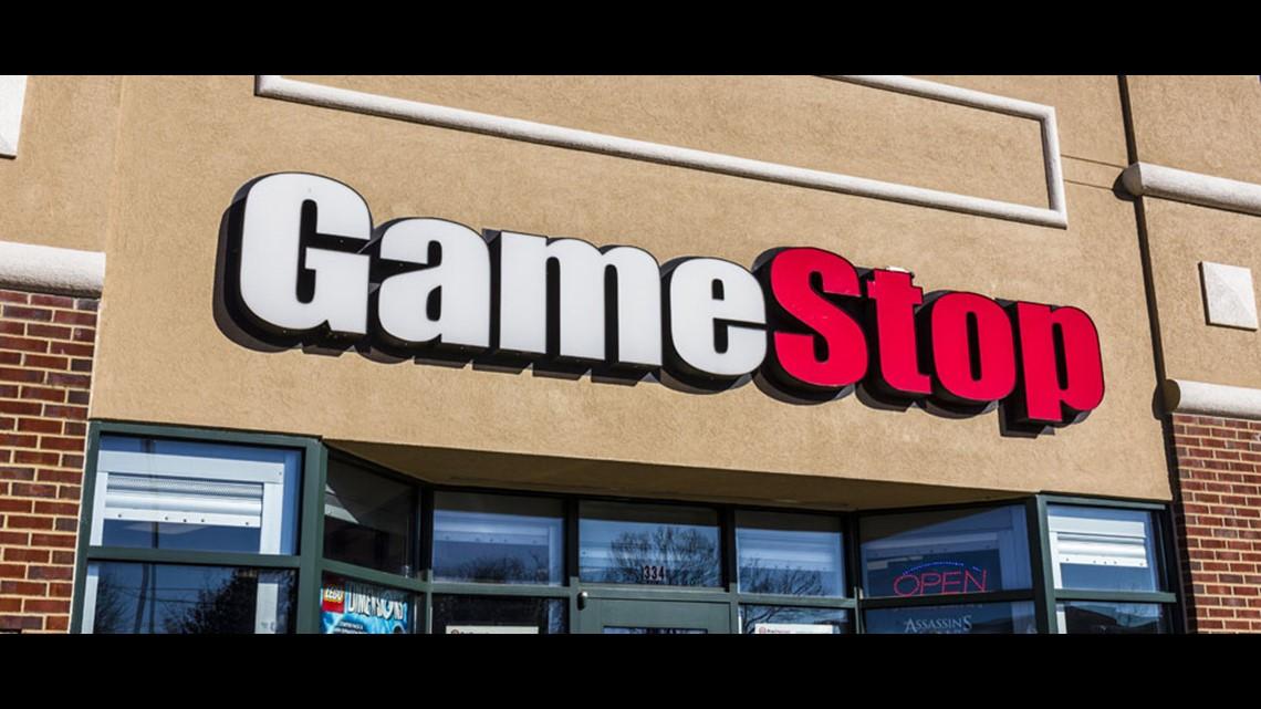 Gamestop To Close Up To 200 Stores Wthr Com