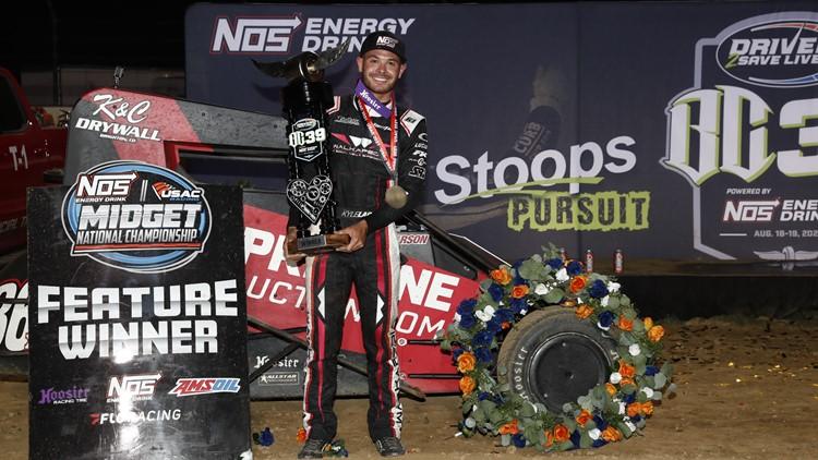 Kyle Larson wins BC39 on IMS dirt track