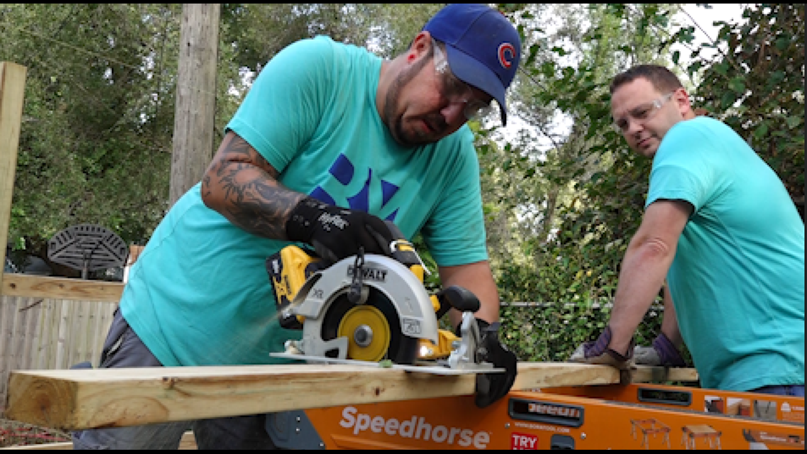Construction training program pairs students with neighbors in need