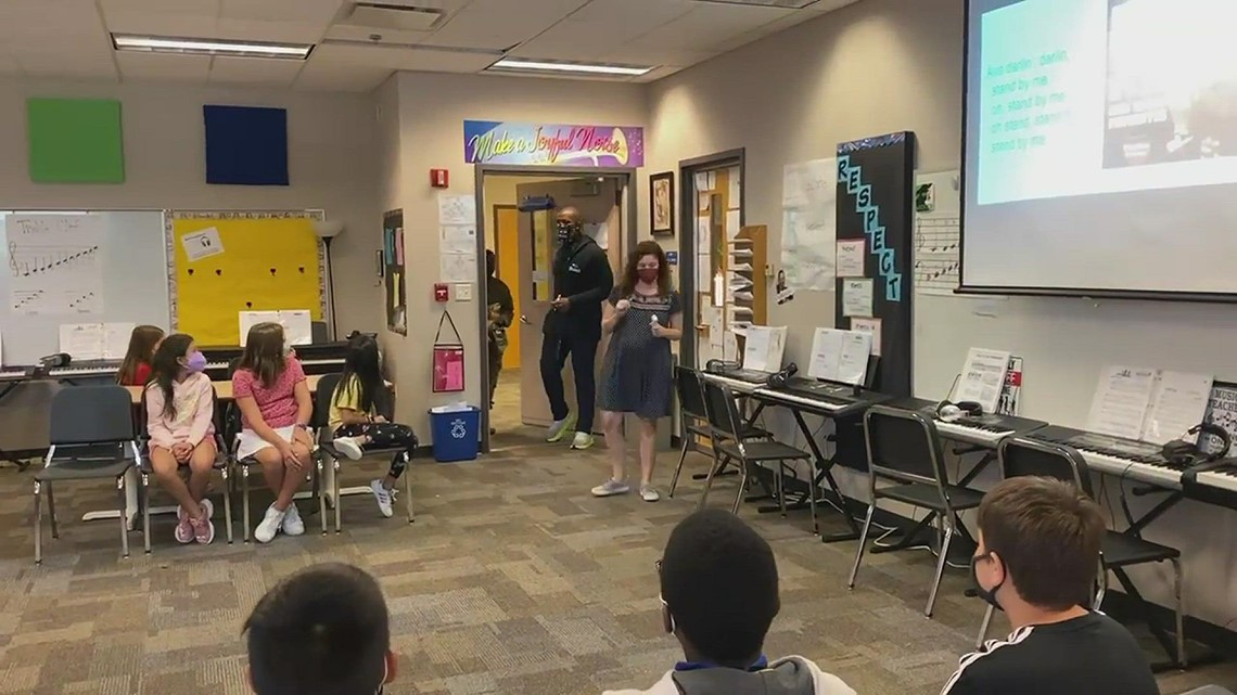 Soldier surprise at Fishers school
