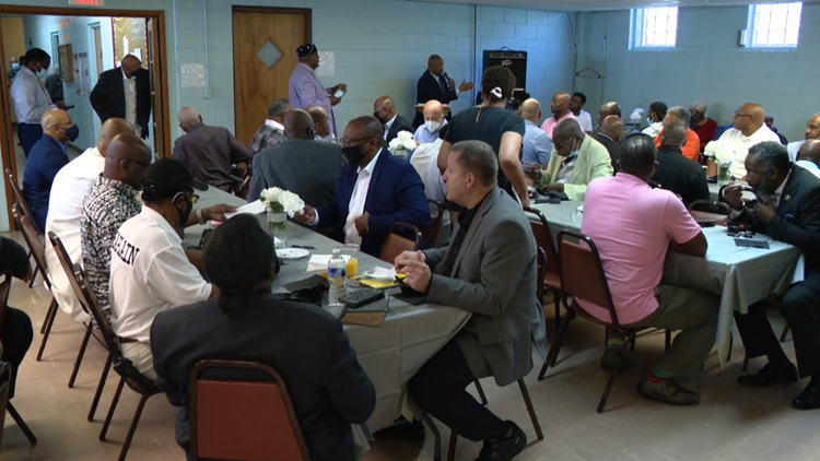Indianapolis clergy gathers for peace march, violent crime discussion