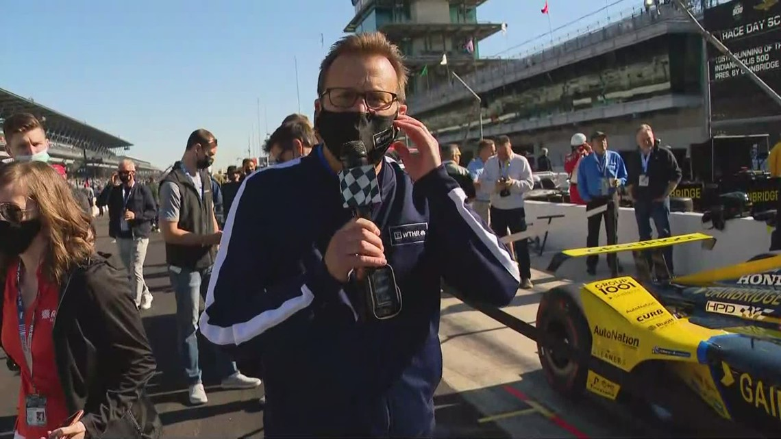Head down to pit lane with Dave Calabro