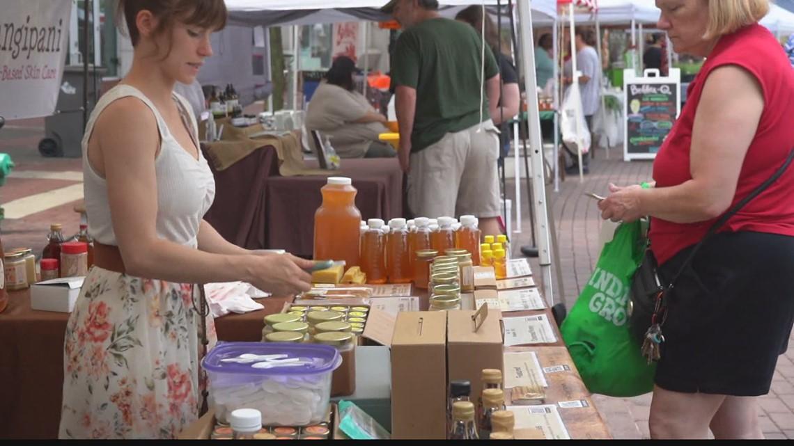 Vendors set up at Indiana Grown Monumental Marketplace