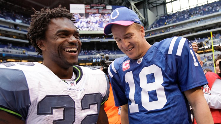 Colts to present HOF rings to Manning, James