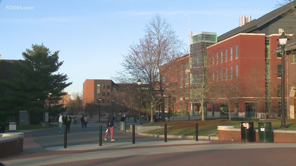 UConn to require students to get vaccinated for fall semester