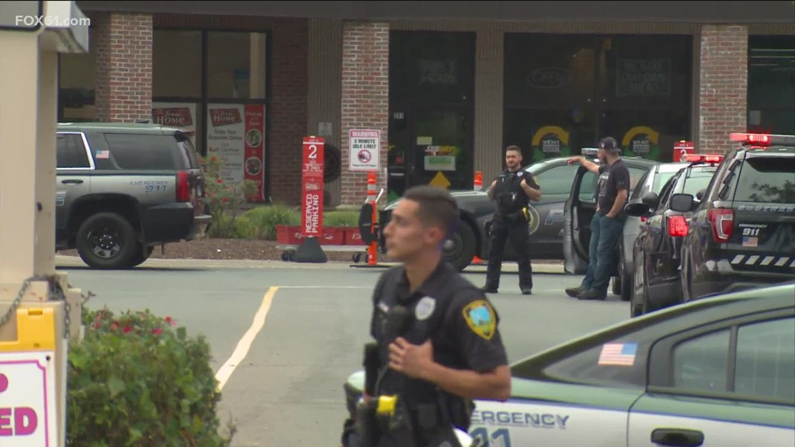 Bomb threat reported at Shoprite in East Haven, police say