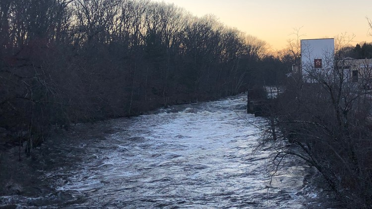 Police: No sign of man reported to have fallen into Willimantic River