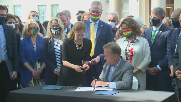Gov. Lamont signs Connecticut Parentage Act on first day of Pride month