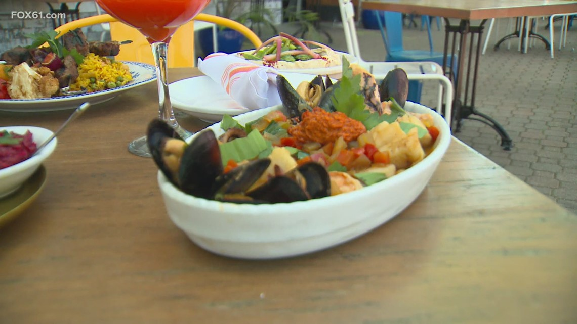 Restaurants looking for ways to deal with staffing problems