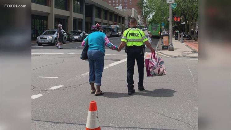 New Haven cop caught on camera performing good deed