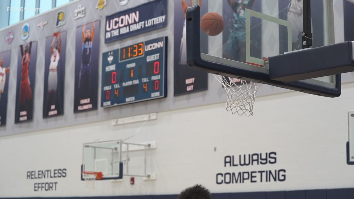 UConn Men's Basketball suspends activity after player tests positive for COVID-19