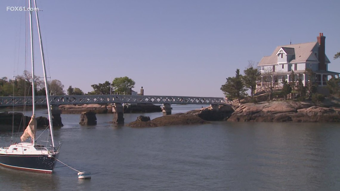 Daytrippers: The Long Island Sound in Branford