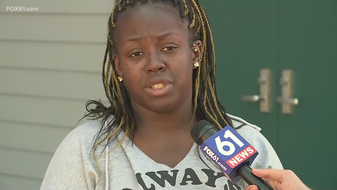 Sister of missing South Windsor woman speaks out, pleads for her return as search continues