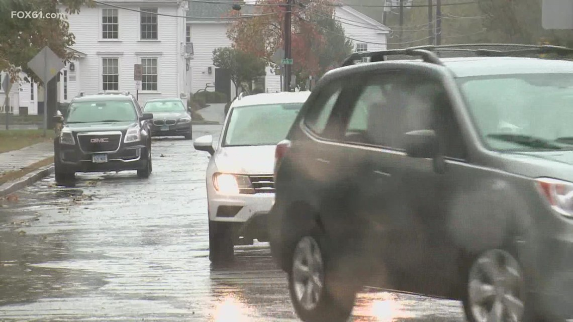 Storm causes flooding, outages