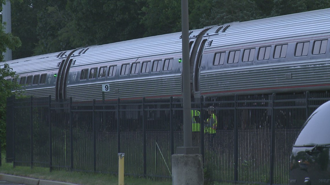 Person fatally hit by a train in North Haven