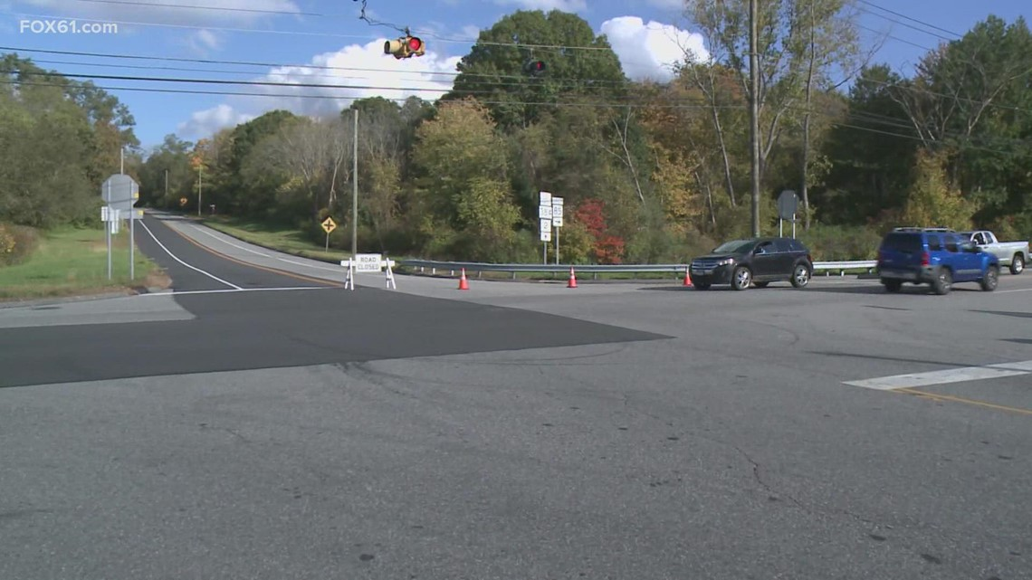 2 teens dead, another in serious condition after Colchester crash