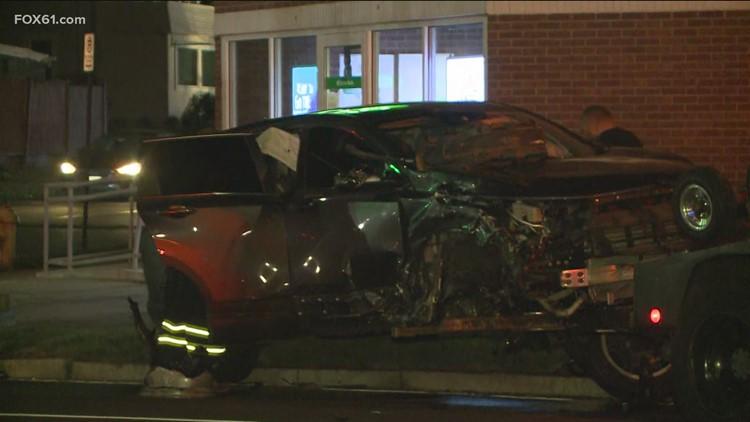 Crash closes road in New Haven