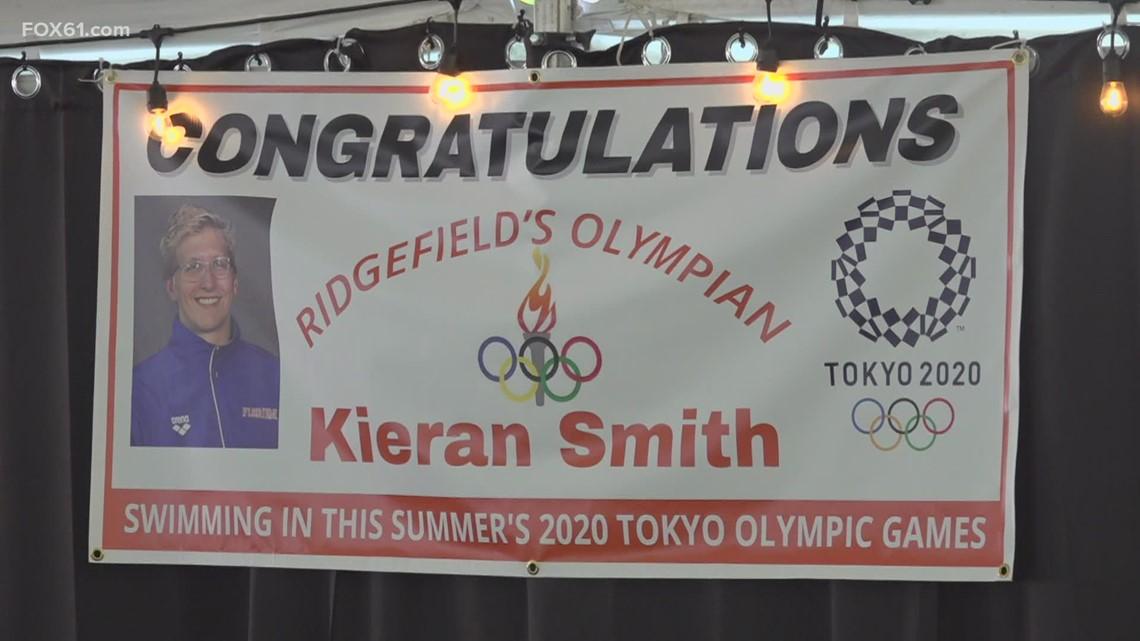 Olympian Kieran Smith greets fans at Ridgefield Playhouse