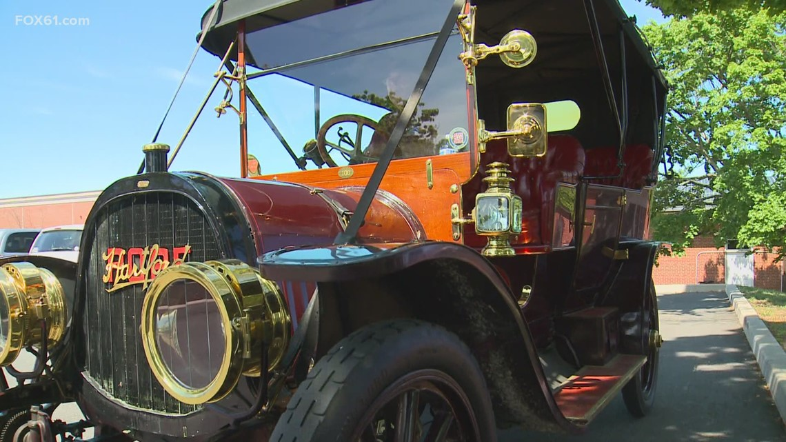 Vintage Cars are back in New Britain for Klingberg's cause