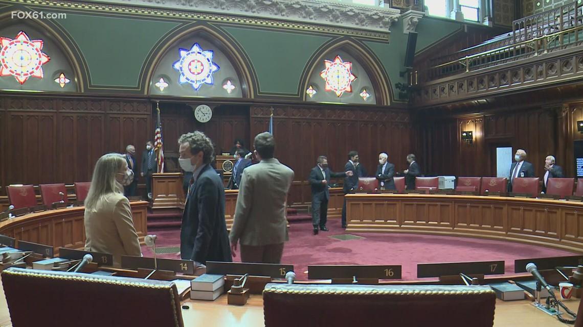 CT Senate approves extending Lamont's emergency powers
