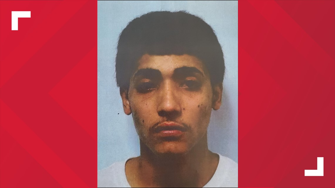 Police looking for suspects in connection with deadly Waterbury shooting