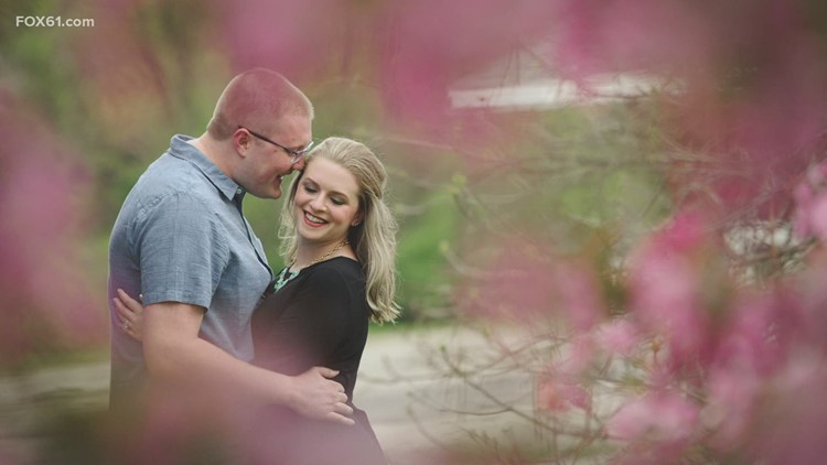 East Hartford couple whose wedding venue closed without notice, get some help from FOX61 viewers