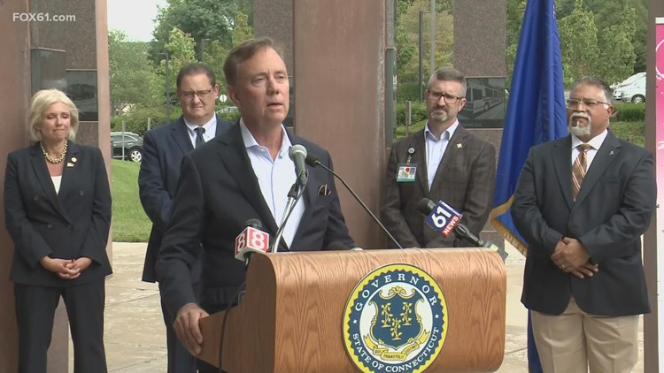 Gov. Lamont signs new COVID-19 executive order after CT Senate approves extension of emergency powers