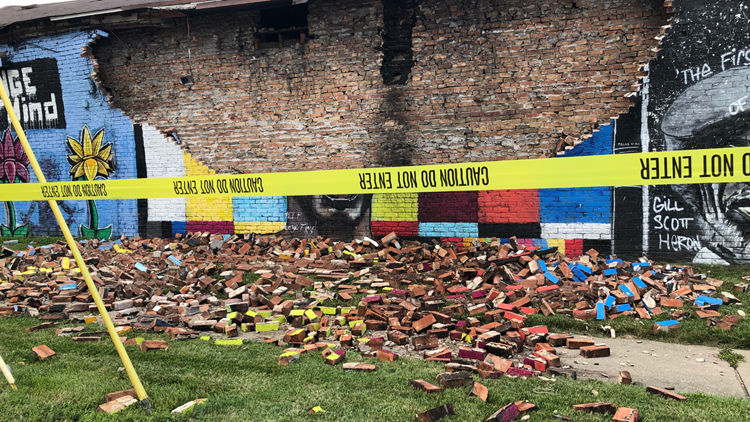 George Floyd mural collapse | 10tv.com