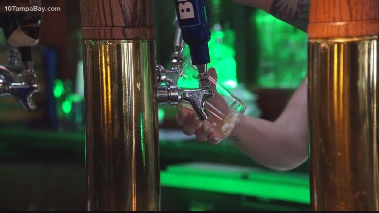 Florida bartender rescues 2 women from harasser with fake 'receipt'