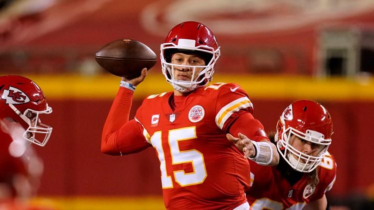 Reports: Chiefs quarterback Patrick Mahomes expected to undergo toe surgery Wednesday