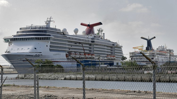 Carnival Cruise Line to require unvaccinated passengers to buy travel insurance