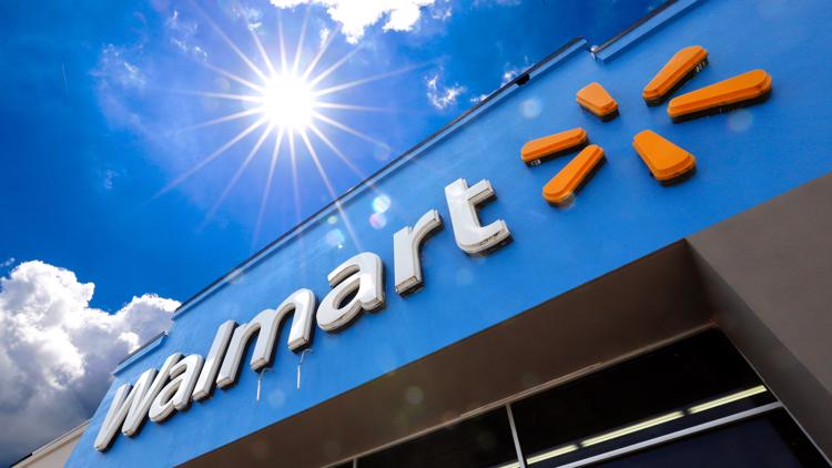 Walmart worker stole $124,000 in gift cards, federal prosecutors say