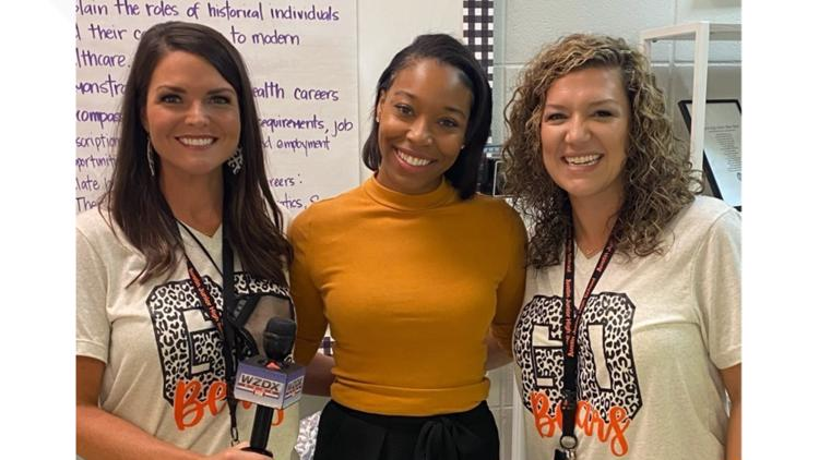 Mrs. Moore and Mrs. Warren are the Valley's Top Teachers