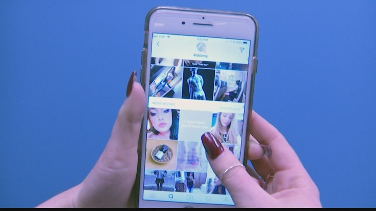 When parents should be concerned about teens and selfies
