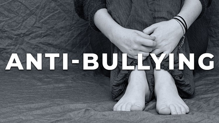 Signs of bullying | Back-to-School 2021